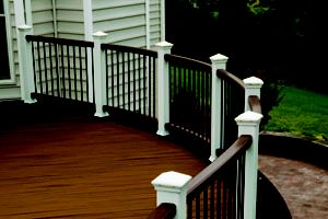 transcend-railing-vintage-lantern-classic-white-curve-2